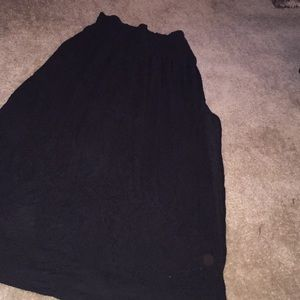 Hm black maxi skirt side slit never worn